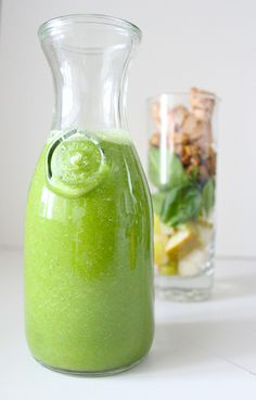 Ginger Pear Superfood Smoothie