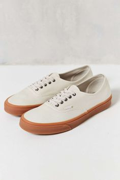 6e1b09b71f Vans Authentic Gum Sole Sneaker