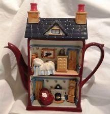 Swineside ceramics Dolls House C.1990's