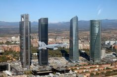 Hornet Spanish Air Force (Ejército del Aire) over Northern Madrid, Spain National Day, October Madrid Skyline, Spanish Air Force, Foto Madrid, The Two Towers, Stunning View, Beautiful, Oeuvre D'art, Willis Tower, Les Oeuvres