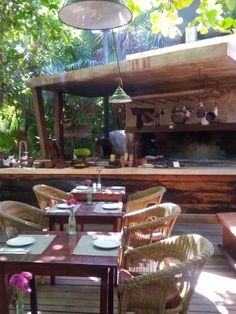 #CasaBanana in #Tulum is so quaint and delicious! Right across from #NuevaVidadeRamiro   http://destination-tulum.com/