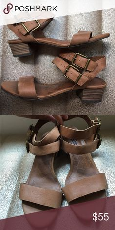 Chic sandals Very pretty soft brown leather sandals. East to coordinate with any types of clothes! Great condition. Lucky Brand Shoes Sandals