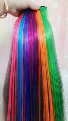 Hair Color Purple, Hair Dye Colors, Cool Hair Color, Green Hair, Hair Color Underneath, Colored Hair Extensions, Creative Hair Color, Creative Hairstyles, Trendy Hairstyles