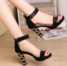 2611ffb391 Sandalias Negras Para Fiesta. Sandalias de Fiesta Negras Para vernos mucho  más elegantes y estilizada