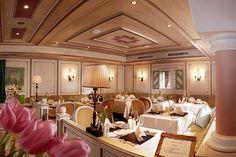 Restaurants im Wellnesshotel Bergland im Zillertal. #leichte_küche #menü #spitzenküche #wellnesshotel-bergland #restaurant #weinbegleitung #weinsommelier #weinkeller #essen #speisen #dinner