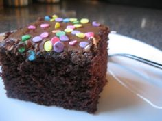 Pie Birds, Buttons and Muddy Puddles: Chocolate Wacky Cake