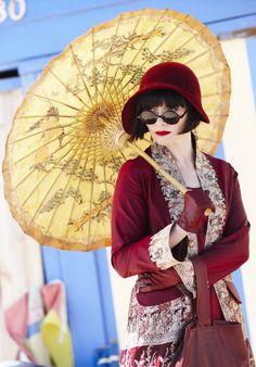 Miss Phryne Fisher (Essie Davis) in 'Queen of the Flowers' (Series 1, Episode 9), Miss Fisher's Murder Mysteries