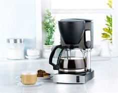 Bakterierna trivs och frodas i kaffekokaren, på grund av den fuktiga miljön.