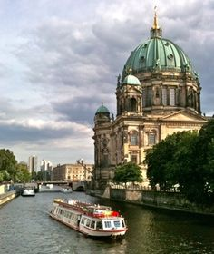 I saw this Spree River view on my visit to Berlin, #Germany.