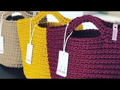 Best 12 knit, to knit – SkillOfKing. Crochet Coat, Wire Crochet, Modern Crochet Patterns, Tote Bags Handmade, Purse Tutorial, Work Bags, Beaded Purses, Crochet Videos, Purses And Handbags