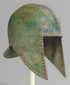 - A GREEK BRONZE HELMET OF ILLYRIAN TYPE  ARCHAIC PERIOD, CIRCA 600-550 B.C. /tcc/