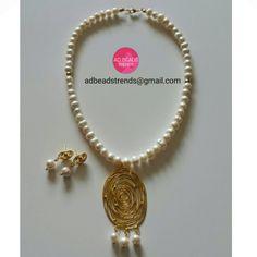 """Perlas Cultivadas  Elegancia en este set de #collar a juego con sus #aretes """"Sencillamente Hermoso""""  #adbeadstrends #beads #trends #necklace #fashion #fashionnecklace #fashionpty #moda #estilo #style #handmade #hechoamano #musthave ❤"""