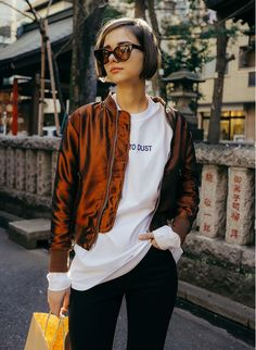 This is an example of a Blouson. Look 2018, Fashion Outfits, Womens Fashion, Fashion Trends, Looks Street Style, Good Hair Day, Capsule Wardrobe, Lady, Hair Inspiration