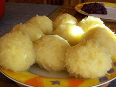 Based on the recipe from the CK: Franconian potato dumplings by author: MartinM Ingredients: 2 kg potatoes (floury) salt nutmeg, freshly grated 6 tablespoons vinegar (preferably fruit vinegar) 200 ml … Chicken Salad Recipes, Pork Recipes, Crockpot Recipes, Vegan Recipes, Tortellini, Potato Flour, Beef And Potatoes, Rabbit Food, Chicken And Dumplings