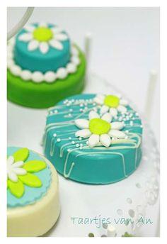 Cookiechocs Cakepops Taartjes van An bruidsproeverij met oreo.jpg