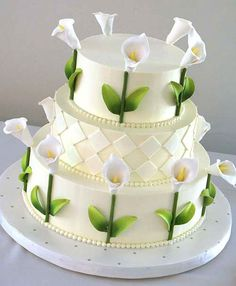Beautiful Cake Pictures: Pretty Picture of White Cake with Calla Lillies - Flower Cake, Wedding Cakes, White Cakes - Gorgeous Cakes, Pretty Cakes, Amazing Cakes, Fondant Cakes, Cupcake Cakes, Calla Lillies Wedding, Calla Lilies, Lys Calla, Calla Lily Cake