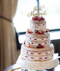 お洒落で可愛いネイキッドケーキのデザインまとめ|ウェディングケーキ | marry[マリー] Beautiful Wedding Cakes, Sweets, Fruit, Party, Desserts, Instagram Posts, Table, Pastries, Wedding