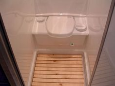 Awesome bathroom rvs and camper ,travel trailer remodel ideas (34)