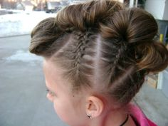 Do's To Choose: Funky Faux Mohawk