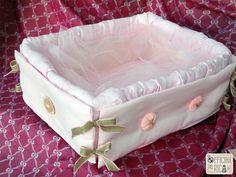 Cesta porta confetti per nascite, compleanni, battesimi - Modello: Apemaia - Officina dei RicamiOfficina dei Ricami