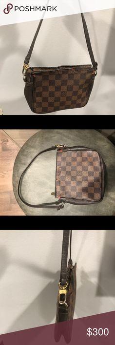 Louis Vuitton Damier Mini Clutch As seen. 100% authentic. Louis Vuitton Bags