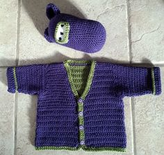 Crochet Baby Sweater - Easy to crochet baby button-down cardigan