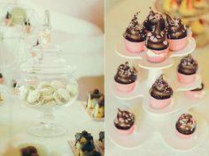 www.vanillaevents.ro Vanilla, Candy, Cookies, Events, Desserts, Food, Bar, Crack Crackers, Tailgate Desserts