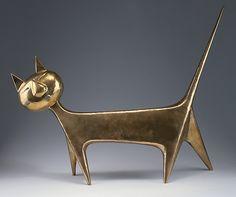 Brass cat figurine by Franz Hagenauer (1906-1986) - 1950's - Франц Hagenauer. Кот, 1950. Х. 59,5 см; Л. 73 см. Сделано Hagenauer, Вена. Латунь. Помечено:. WHW, Франц, Hagenauer Wien, MADE IN AUSTRIA