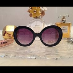 Round Oversized Sunglasses  Round oversized sunnies with fox detail at the temple. Comes with glasses bag and lens cloth. Price firm unless bundled. Accessories Sunglasses