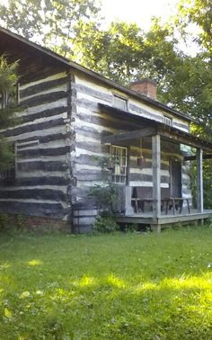 Is there a log cabin board I don't love? I'm not sure. Here is one by candace henson, called ~~~ log cabins ~~~ http://www.pinterest.com/expig/~~~-log-cabins-~~~/ This pin: Lee Cabin c 1836 Metamora, IL