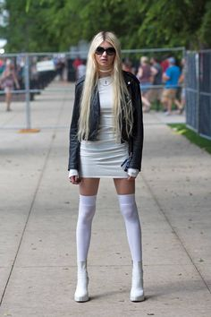 Taylor Momsen shot by Très Awesome at Lollapalooza Taylor Momsen Style, Taylor Michel Momsen, Pretty Reckless, Cindy Lou, Lollapalooza, Chicago Street Style, Taylor Momson, Fashion Moda, Womens Fashion