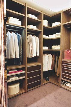 schrank on pinterest closet open closets and cabinets. Black Bedroom Furniture Sets. Home Design Ideas
