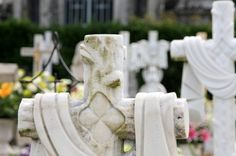 CORES DE CAMBADOS: RESULTADOS DA ENQUISA SOBRE O CEMITERIO: MUNICIPAL...