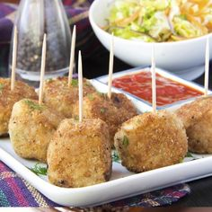 A Delicious recipe for bread coated chicken meatballs. Serve with toothpicks and dipping sauce for an appetizer.. Bread Coated Chicken Meatballs Recipe from Grandmothers Kitchen.