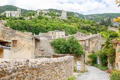 The Perfect Southern France Itinerary - 7 Days in Provence Nepal Mount Everest, Rock Climbing Gear, Southern France, Bungee Jumping, Public Garden, During The Summer, France Travel, European Travel, Provence
