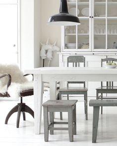 Käinby1925_Villa_lankkupöytä_01042016_08 Romantic Kitchen, Villa, Dining Bench, Beach House, Rustic, Furniture, Space, Decoration, Home Decor