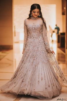 From traditional to modern and everything in-between, here are some gorgeous #engagementoutfit ideas for the brides-to-be. Latest Wedding Gowns, Indian Wedding Gowns, Indian Bridal Outfits, Pakistani Bridal Dresses, Indian Designer Outfits, Indian Dresses, Bridal Gowns, Lehenga Wedding, Indian Clothes