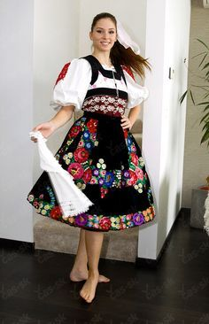 Area of town Detva, Podpoľanie region, Central Slovakia. Polish Clothing, Folk Clothing, Worlds Beautiful Women, Popular Costumes, Costumes Around The World, Beautiful Costumes, Group Costumes, Folk Costume, Historical Costume