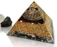 orgonite spirals - Pesquisa Google. Clear all chemtrails now...
