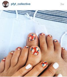 Saw that on Instagram. Have to try it out! Inspired!!! Floral nails. White, red and green