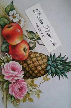 Perfeição Abacaxi e maçãs