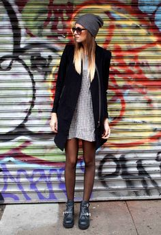 Danielle Bernstein @weworewhat of We Wore What serves up minimal grunge with a baggy beanie, boxy blazer and her AVE-A cutout bootie. #SMOOTD
