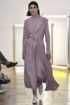 Catwalk Fashion, Fashion Show, Live Fashion, Paris Fashion, Vogue Russia, Ready To Wear, Fashion Photography, Fall Winter, Women Wear