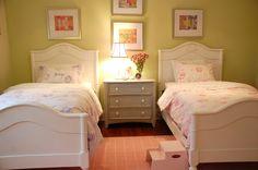 Kate Davidson Design - Girl's Room  www.katedavidsondesign.com