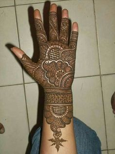 Wedding Ideas You Should Be Aware Of – Art Emira Wedding Full Mehndi Designs, New Bridal Mehndi Designs, Engagement Mehndi Designs, Simple Arabic Mehndi Designs, Indian Mehndi Designs, Mehndi Designs For Beginners, Stylish Mehndi Designs, Mehndi Design Pictures, Beautiful Mehndi Design