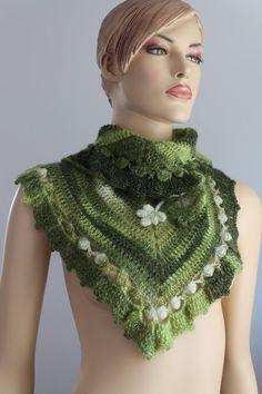 Dreieck Crochet Scarf  Schal häkeln  Nacken wärmer  von levintovich