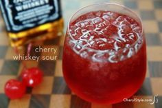Break tradition with a cherry whiskey sour 4 maraschino cherries 4 oz Jack Daniels whiskey 1 Tbsp lemon juice 1 Tbsp maraschino cherry syrup ice Whiskey Sour, Cherry Whiskey, Whiskey Drinks, Whiskey Smash, Scotch Whiskey, Irish Whiskey, Summer Drinks, Fun Drinks, Mixed Drinks