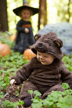 Such an adorable baby bear Halloween costume.