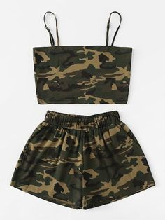 Camo Cami Top With Shorts -SheIn(Sheinside) - Cute Outfits Cute Lazy Outfits, Camo Outfits, Crop Top Outfits, Sporty Outfits, Swag Outfits, Pretty Outfits, Stylish Outfits, Two Piece Outfits Shorts, Cute Outfits With Shorts