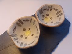 Emily Parr Pair of pinch pots #clay #pottery #incise